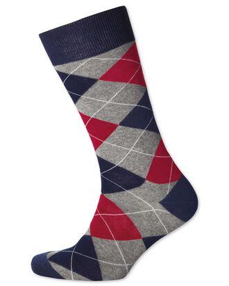 Chaussettes grises et rouges à losanges