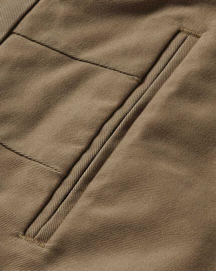 Tan classic fit single pleat non-iron chinos