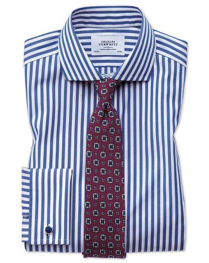 Bügelfreies Extra Slim Fit Hemd mit Haifischkragen in Blau mit Bengal-Streifen