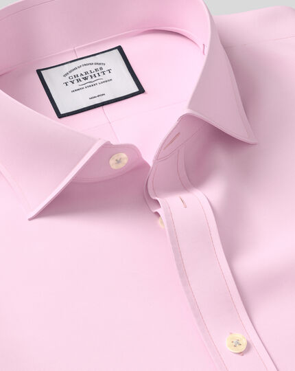 Slim fit spread collar non-iron twill pink shirt