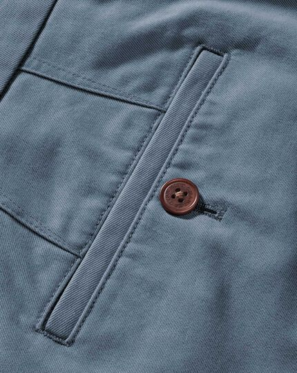 Light blue classic fit single pleat weekend chinos