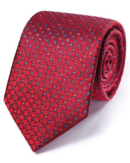 Red silk English luxury check tie