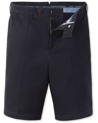 Short chino bleu marine à pinces simples