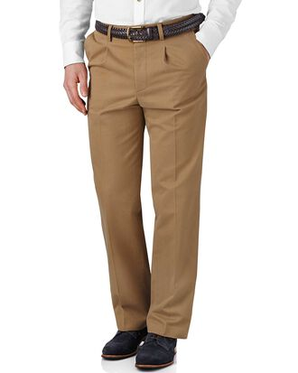 Tan classic fit single pleat weekend chinos