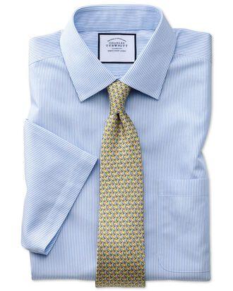 Bügelfreies Classic Fit Kurzarmhemd in Himmelblau mit Bengal-Streifen