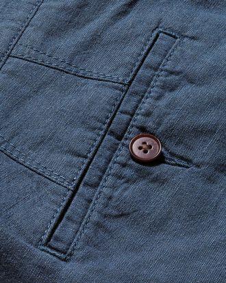 Short bleu acier en coton et lin