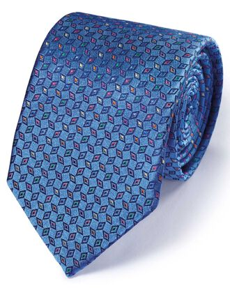 Luxuriöse englische Seidenkrawatte in Mittelblau mit Diamantenmuster