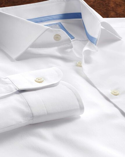 Chemise business casual blanche slim fit à col semi cutaway