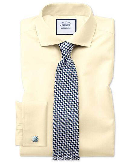 Bügelfreies Extra Slim Fit Twill-Hemd mit Haifischkragen in Gelb