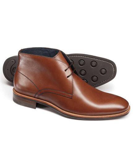 Tan Pembridge chukka boots