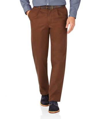 Brown classic fit single pleat weekend chinos