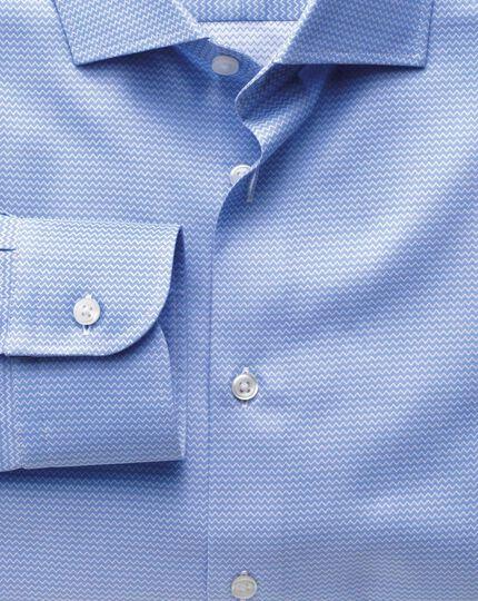 Slim fit semi-cutaway collar business casual sky blue shirt
