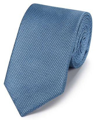 Cravate classique bleue en soie unie