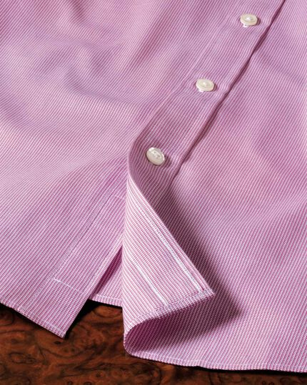 Classic fit Oxford magenta shirt