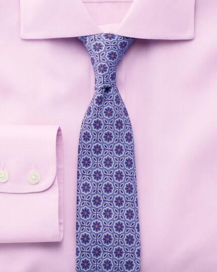 Slim fit non-iron semi-cutaway collar soft touch pinpoint pink shirt