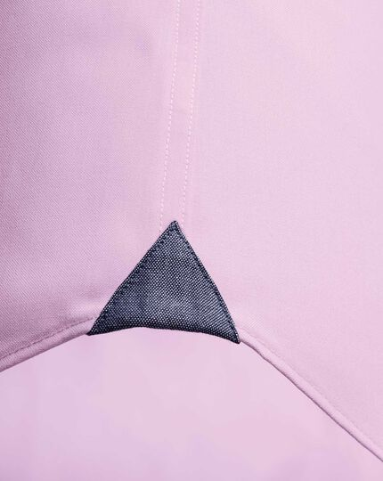 Classic fit button-down business casual non-iron light pink shirt