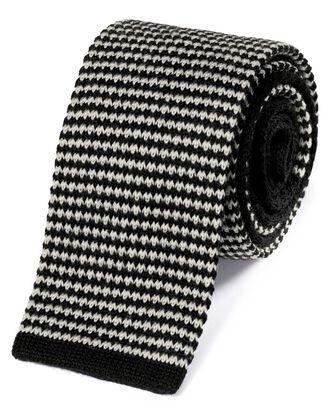 Schmale Strickkrawatte aus Wolle in Schwarz und Weiß