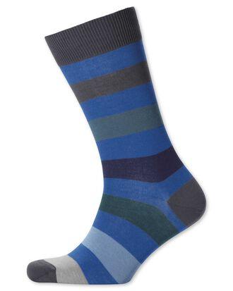 Chaussettes bleues à rayures larges multicolores