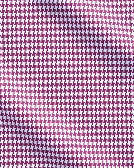 Slim Fit Hemd in Beerenrot mit großen Hahnentritt