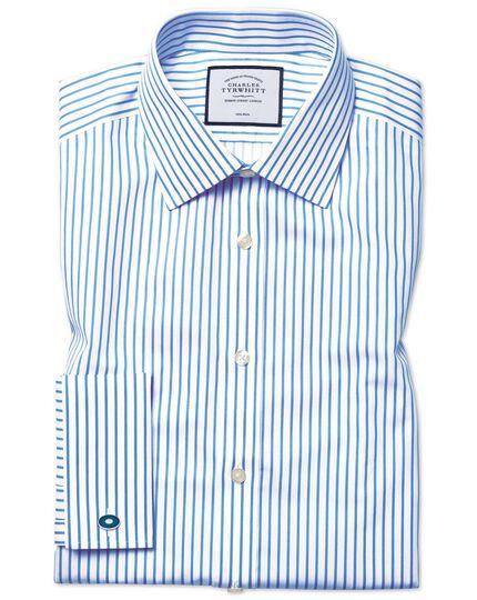 Chemise blanche et bleu ciel en twill à rayures coupe droite sans repassage