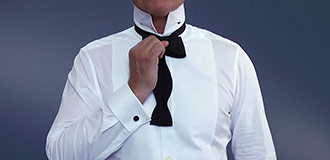 How to tie a bow tie step 4