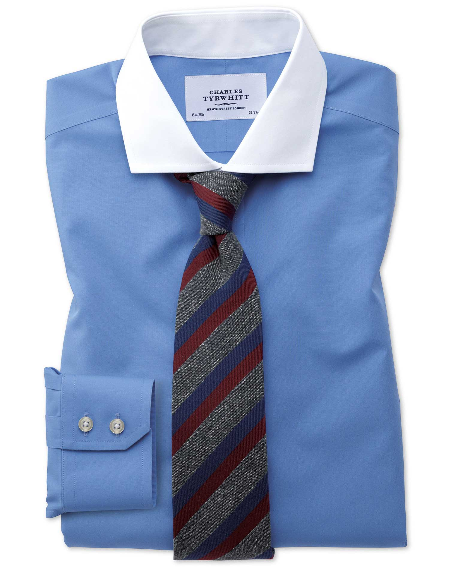 Slim fit spread collar non iron winchester blue shirt for Dress shirt collar fit