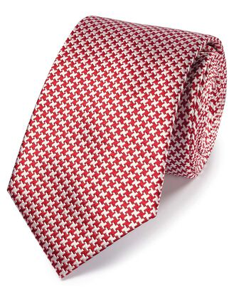 Red silk stain resistant puppytooth classic tie