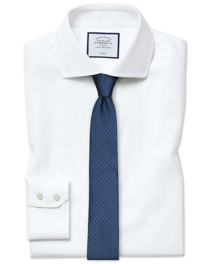 Slim fit spread collar non-iron cotton stretch Oxford white shirt