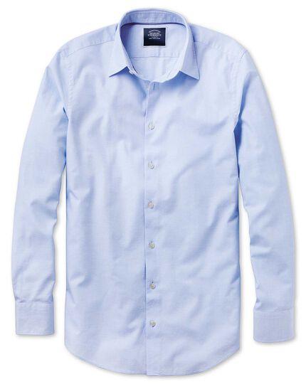 Chemise bleu ciel coupe droite légèrement texturée à chevrons fins