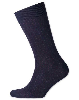 Socken in Marineblau und Rosa mit Mikro-Strich
