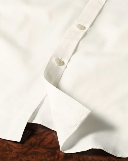 Extra slim fit end-on-end cream shirt