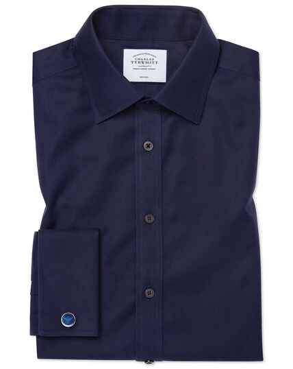Marineblauw, strijkvrij keperoverhemd met klassieke pasvorm