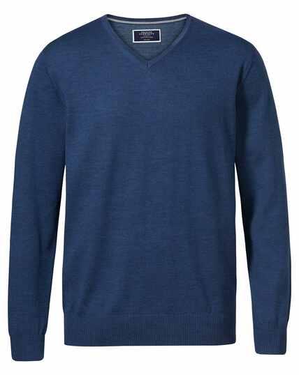 Pull bleu en laine mérinos à col V