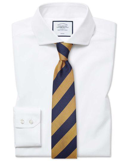 Classic fit non-iron cutaway white Tyrwhitt Cool shirt