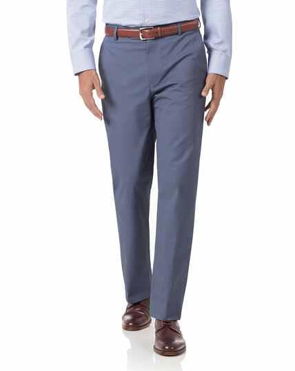 Pantalon chino bleu en tissu stretch coupe droite