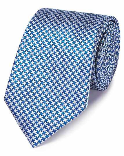 Klassische Krawatte aus schmutzabweisender Seide mit Hahnentrittmuster in Königsblau
