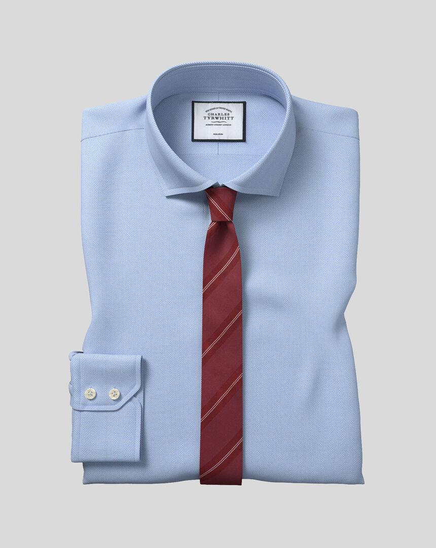 Bügelfreies Hemd mit Haifischkragen und Fischgrätmuster  - Himmelblau