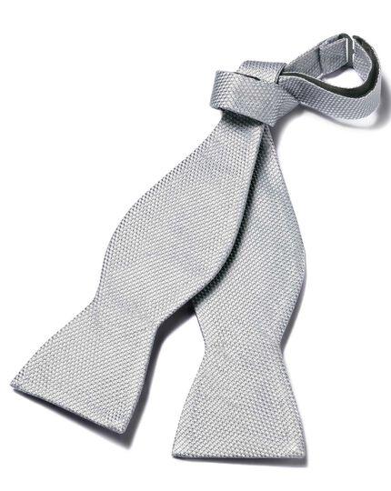 Silver self tie bow tie