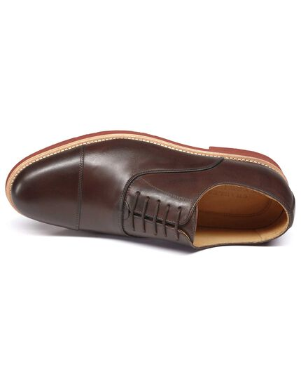 Brown Oxford shoe