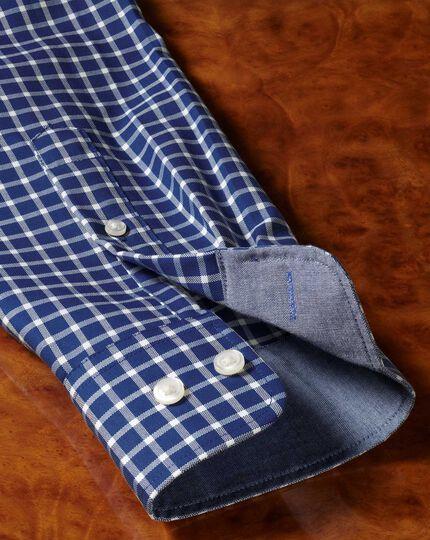 Bügelfreies Classic Fit Oxfordhemd mit Gitterkaros in Königsblau und Weiß