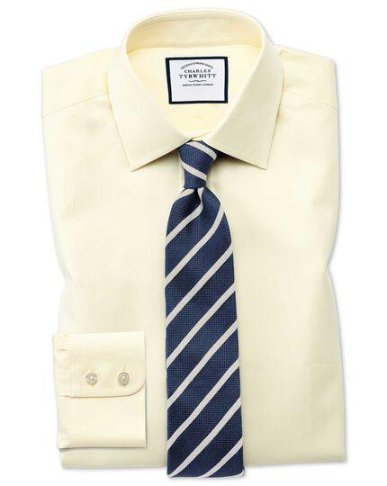 Extra Slim Fit Hemd mit feinem Fischgrätmuster in Gelb