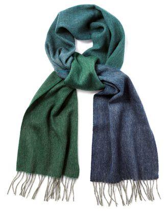 Schal aus Lammwolle mit Farbverlauf in Grün