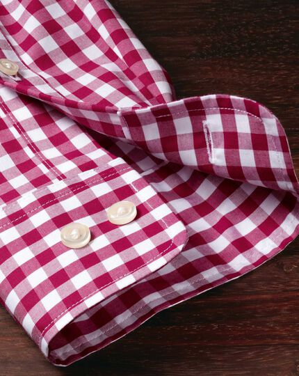 Classic fit button-down non-iron poplin red gingham shirt