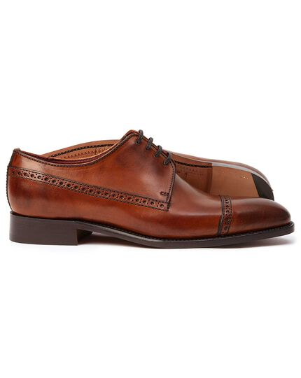 Tan made in England Derby brogue toe cap flex sole shoes