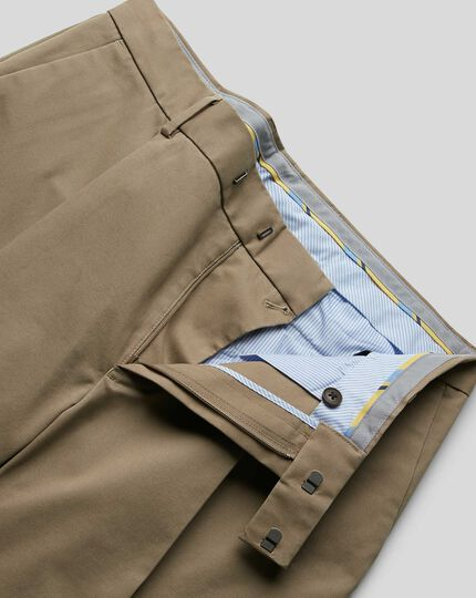 Single Pleat Smart Non-Iron Chinos - Fawn