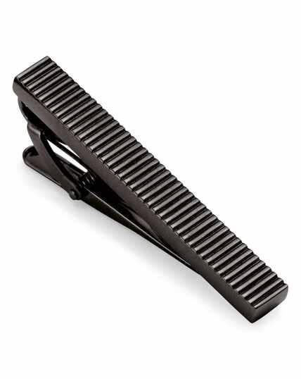 Pince à cravate noire striée