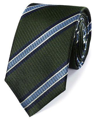 Cravate classique verte et bleu ciel en soie à rayures au tissu texturé