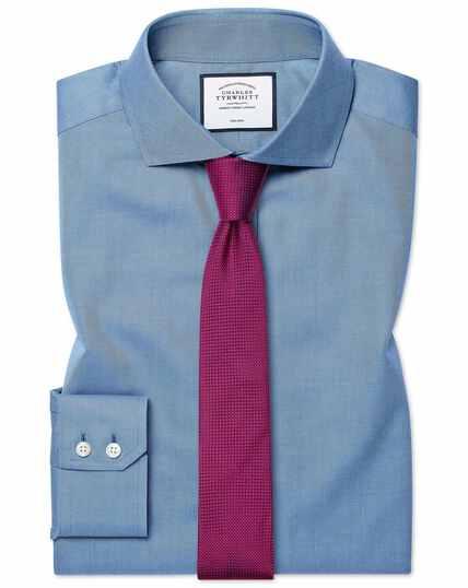 Blauw, strijkvrij keperoverhemd met extra slanke pasvorm