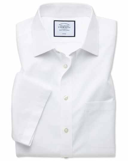 Classic fit non-iron white Tyrwhitt Cool short sleeve shirt