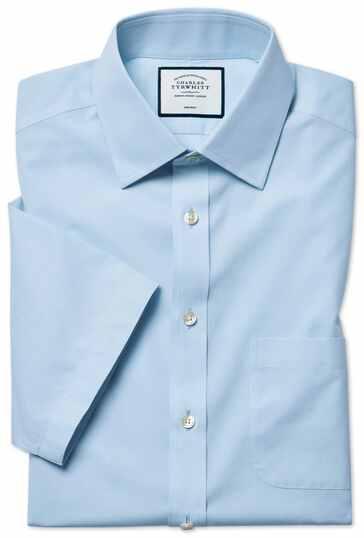 Hemelsblauw, strijkvrij natuurlijk fris overhemd met korte mouwen en klassieke pasvorm